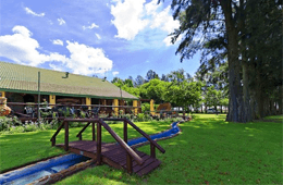 Blue Roan Country Lodge