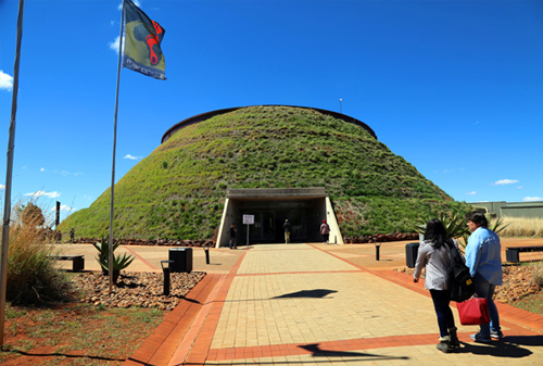 Maropeng and Sterkfontein Caves