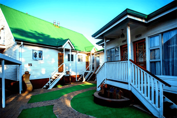 Knock Out View Clarens - Midweek Special